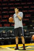 图文:[NBA]雄鹿-超音速一触即发 阿联准备发力