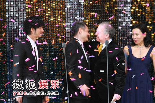 搜狐娱乐文字直播部分到此结束 感谢网友支持
