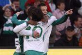 图文:[德甲]汉诺威4-3不来梅 迭戈庆祝进球