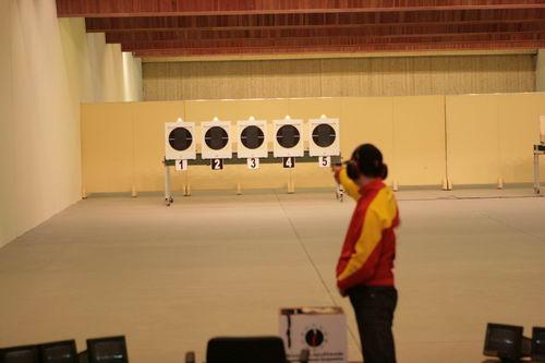 图文:射击亚锦赛男子25米手枪速射 张鹏辉夺冠