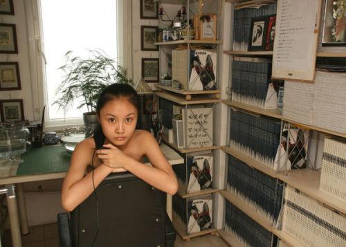 欧美大胆人体裸模_组图:揭秘中国美女裸模的工作全过程