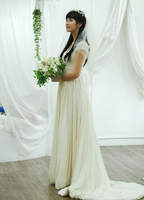 李多海新娘装长裙曳地