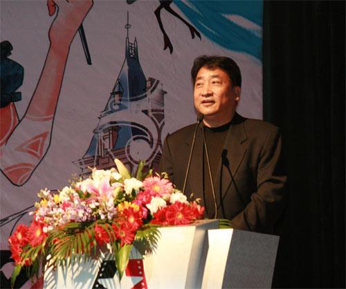 著名相声演员姜昆