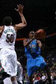 图文:[NBA]雄鹿胜魔术 古德里奇防守