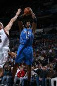 图文:[NBA]雄鹿胜魔术 魔兽也玩跳投
