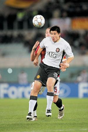 董方卓成为第二个亮相欧冠的中国球员
