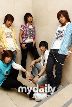2007年度最佳新人组合/歌手— F.T ISLAND