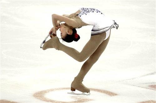 图文:花滑总决赛女单短节目 张圆圆最优美造型