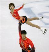 图文:花滑大奖赛总决赛 张丹张昊演绎托举动作