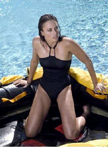 图文:美女奥运冠军性感写真 海上美女身材超好