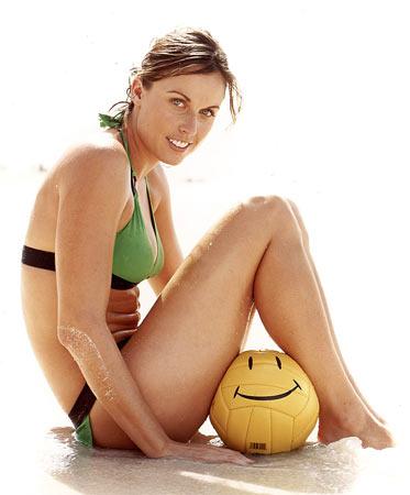 图文:美女奥运冠军性感写真 绿色泳装唯美造型
