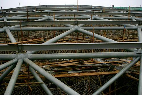 体育馆主场馆顶部钢结构