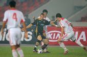 图文:[友谊赛]国奥1-1科特布斯 反向扣球
