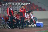 图文:[友谊赛]国奥1-1科特布斯 杜伊不满