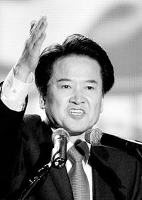 """郑东泳:""""给我投票,还你一个廉洁政府!"""""""