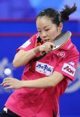 图文:中国香港女团3-0欧洲 帖雅娜侧身强拉