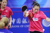 图文:中国香港女团3-0欧洲 帖雅娜反手抽击
