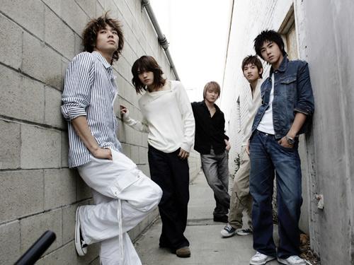 2007年度韩国最佳组合/歌手— 东方神起