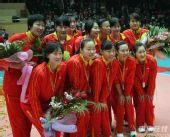 图文:天津3-1八一夺得女排冠军 冠军球队合影