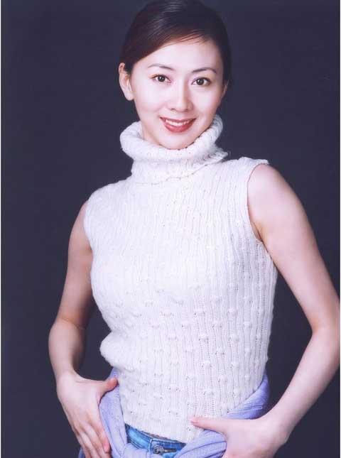 裸体胖人人体艺术_中国裸体写真第一人 汤加丽:我仍然相信爱情
