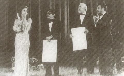 75年,胡金铨站在嘎纳奖台上