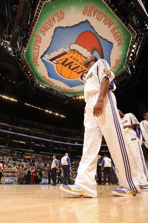 图文:[NBA]太阳对阵湖人 王者科比