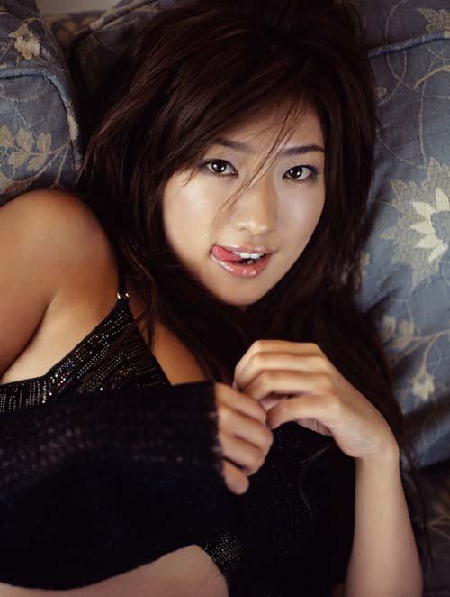 组图:日本女教师为出名自泄私密照片 搜狐娱乐