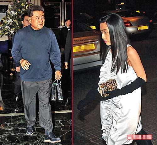 大刘刘銮雄前晚与得力助手甘比(右图)一同迎接新年,甘比腹部微隆,疑似有身孕。
