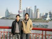 和南华在上海滩留下倩影