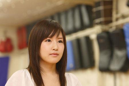 图文:日本空手道美女娇嫩可爱