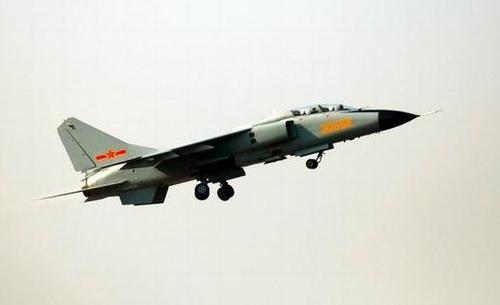 """""""秦岭""""发动机为中国""""飞豹""""战机装备了一颗强健的""""中国心"""""""