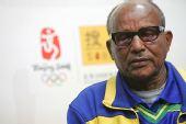 图文:奥运英雄阿赫瓦里做客 美丽回忆成就人生