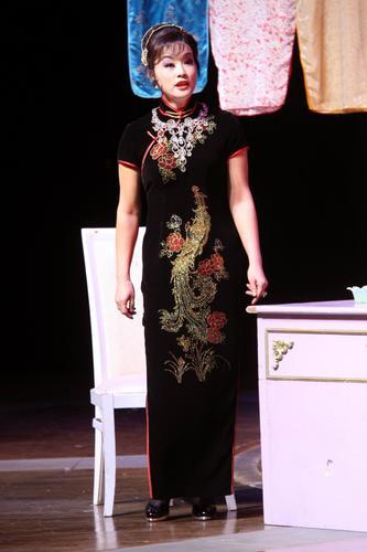 刘晓庆深情演绎传奇舞女
