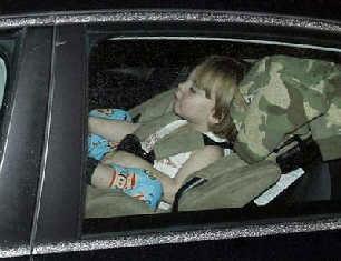 布兰妮的儿子也被一起送往医院。