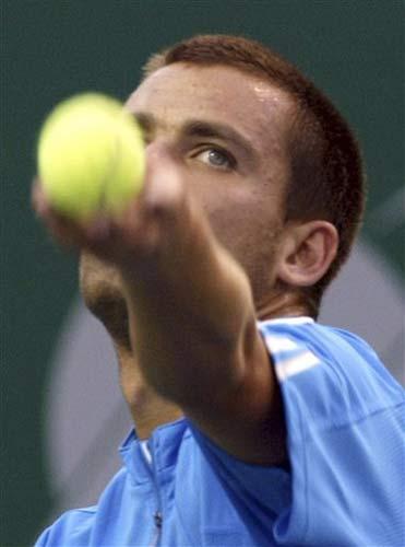 图文:ATP清奈公开赛落幕 尤兹尼发球威力无穷