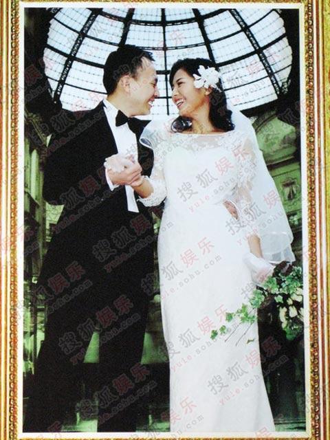 甜蜜的婚纱照