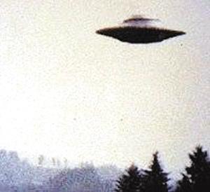 英战机曾遭UFO追踪