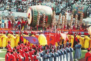 世界最大的龙鼓是开幕式的意外之喜。它是一个制鼓匠人自发制作献给汉城奥组委的。《朝鲜日报》供图