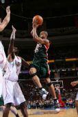 图文:[NBA]雄鹿VS76人 威廉姆斯腾空跃起