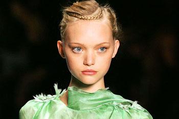 嘉玛·沃德是模特界出了名的娃娃脸