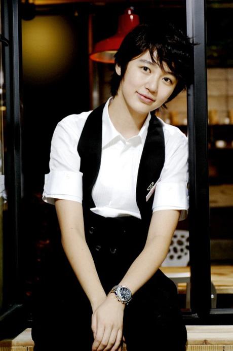尹恩惠在 咖啡王子1号店 里表现出色
