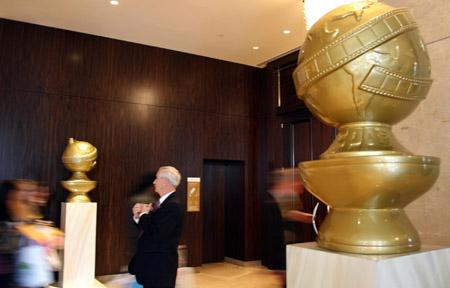 原定于1月13日举行的第65届金球奖颁奖典礼因为没有好莱坞明星们的参加而被迫取消