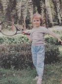 网球猜吧:猜猜这是谁的可爱童年?