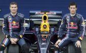 图文:红牛车队发布新车RB4 两位主力车手亮相
