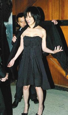 林熙蕾出席Celine服装秀,避谈是否帮男友庆生