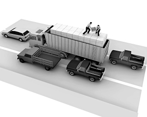"""这伙飞车贼爬上时速高达80公里的货车,往自己改装的货车里""""搬运""""化工原料。"""