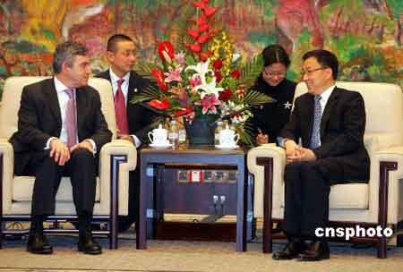 上海市市长韩正会见来华访问的英国首相戈登·布朗。