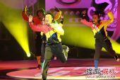 香港十大中文金曲颁奖礼现场 陈奕迅搞怪舞姿