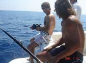 图文:纳达尔生活写真图集 与家人出海钓鱼
