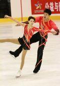 图文:冬运会双人滑自由滑 张丹张昊冰上热舞